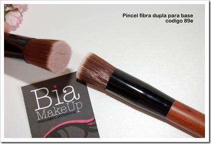 89e_ Pincel fibra para base cabo madeira