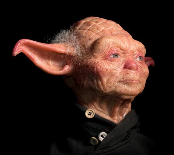 sculpture de yoda humain