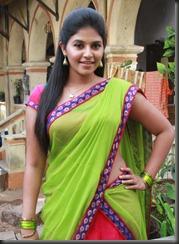 Actress Anjali in Madha Gaja Raja New Pics