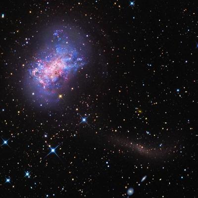 galáxia NGC 4449