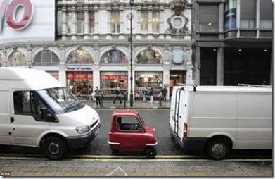 Kereta Terkecil Di Dunia 1