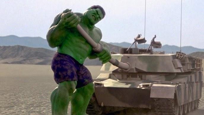 Hulk-Hulk-Ang-Lee-Destroys-a-Tank-570x320