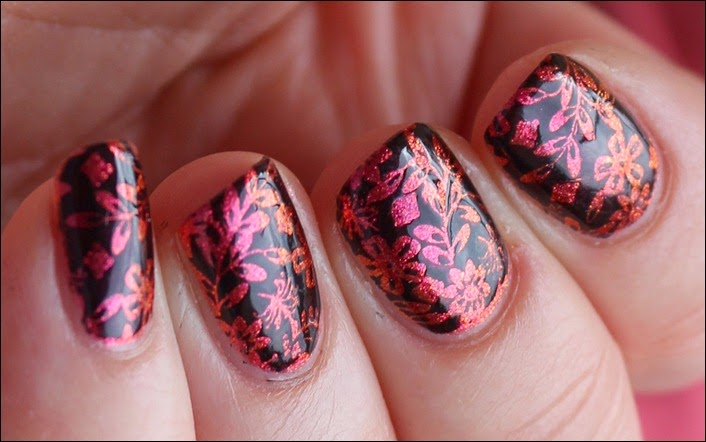 Nail Art Nageldesign Inverse Flower Pink Spice 4