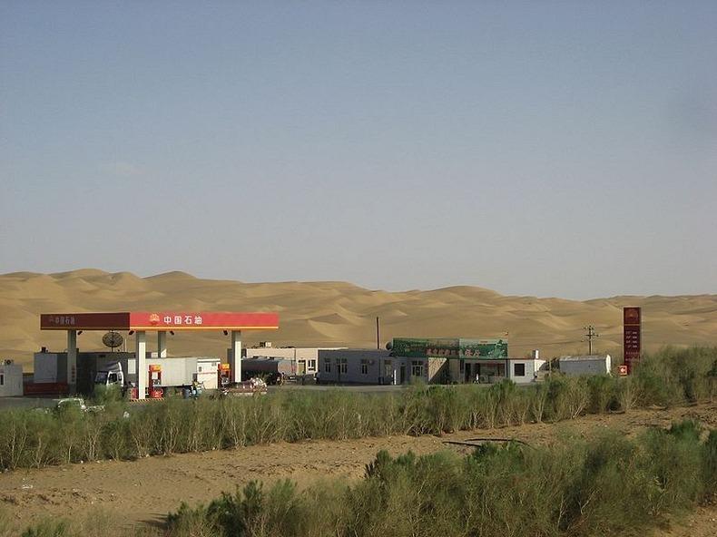 tarim-desert-highway-10