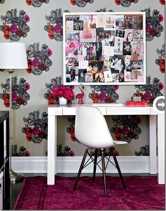 fresh-feminine-desk