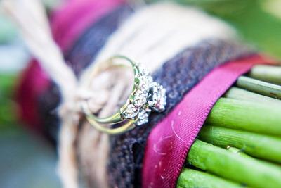 unique bouquet wrap tyra-bleek-boston-wedding-photography