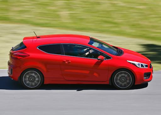 Yeni-Kia-Pro-Ceed-GT-2014-23.jpg