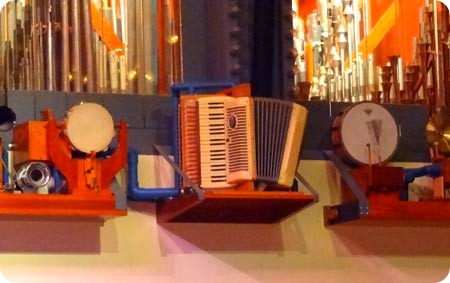 6-accordian