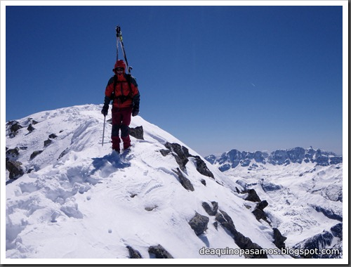 Arista NO y Descenso Cara Oeste con esquís (Pico de Arriel 2822m, Arremoulit, Pirineos) (Isra) 9448