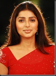 boomika in red saree