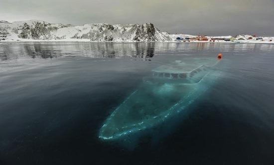 Iate Sunken na Antártida