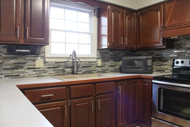 Tile-Backsplash-Grouted-2