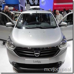 Dacia stand Parijs 2012 19