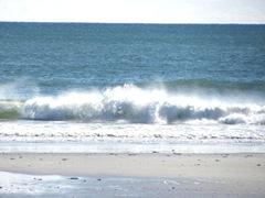 11.2011 Kennebunk beach waves crashing4