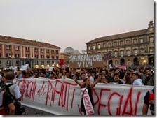 La manifestazione contro i roghi tossici del 26 ottobre 2013