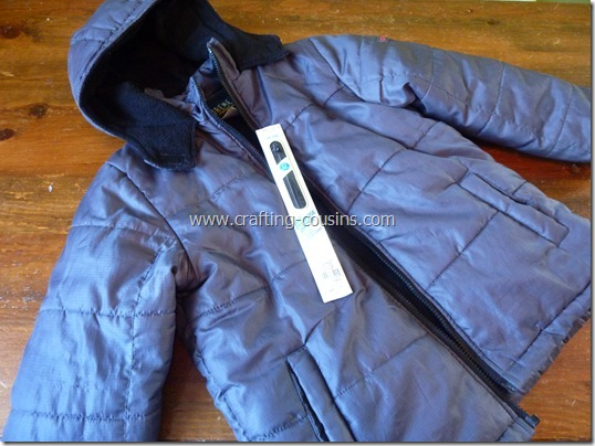 How to replace a coat zipper tutorial by The Crafty Cousins (2)