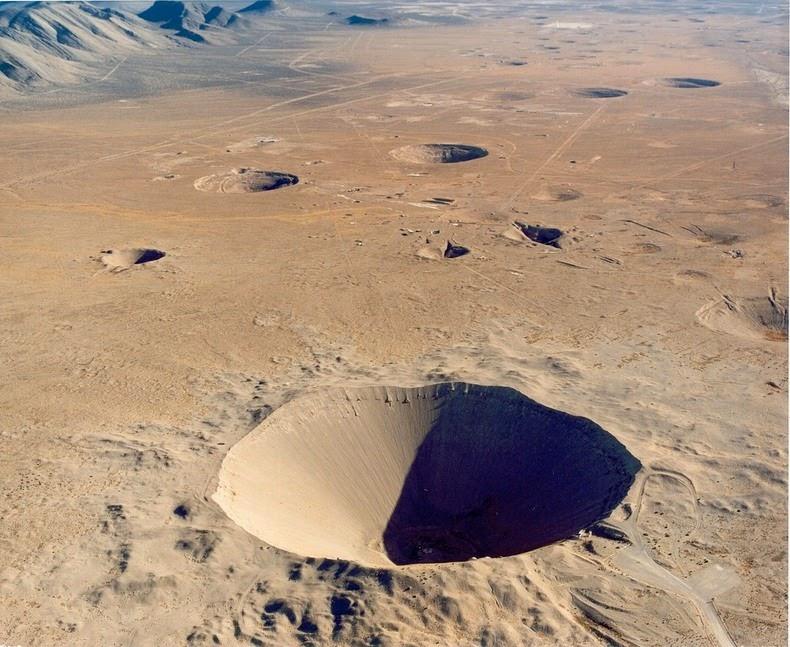 sedan-crater-5