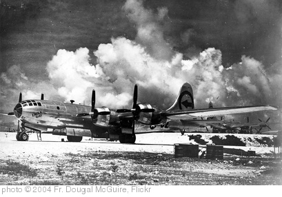 the first successful testing of the atomic bomb in alamogordo new mexico Building the atomic bomb: the manhattan project a color image of the world's first detonation of an atomic bomb, a test code-named trinity, in the new mexico desert.