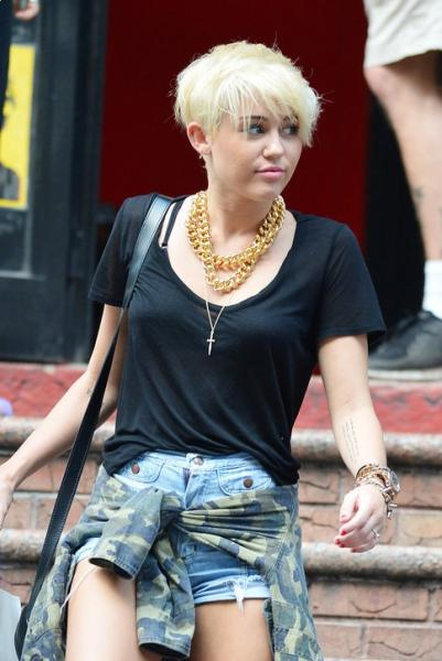 Miley Cyrus New Short Hair Styles