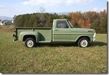 1969_Ford_F100_Stepside-sept9