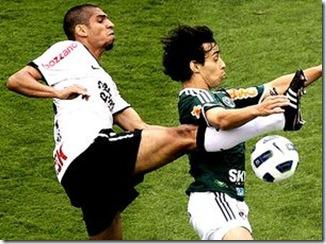 Wallace-Valdivia-Corinthians-Palmeiras-Foto_LANIMA20111204_0113_39