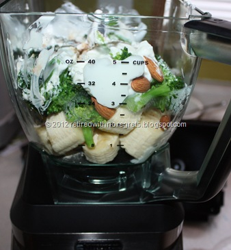 Just Another Green Smoothie - with Fruits, Nuts & Veggies