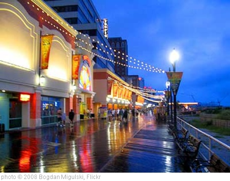 'Atlantic-City-Wet-Boardwalk' photo (c) 2008, Bogdan Migulski - license: http://creativecommons.org/licenses/by/2.0/