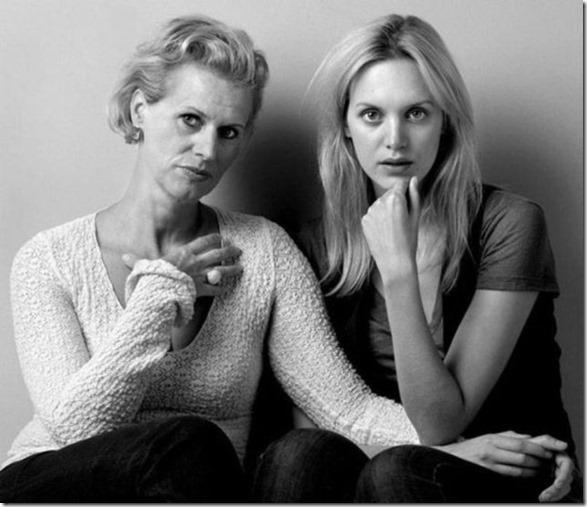 models-pose-moms-11