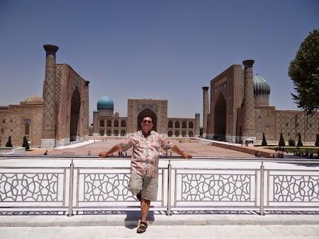 17. Registan, piata centrala din Samarkand.JPG
