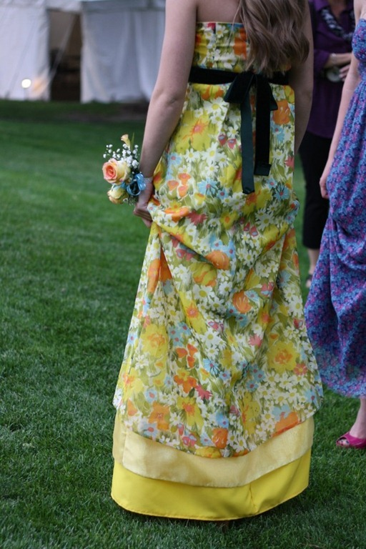 52 prom-dress-back-682x1024