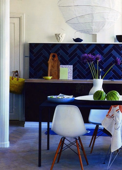 dark-blue-kitchen