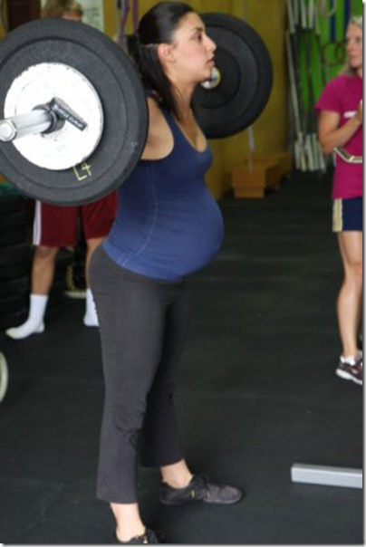 pregnant-workout-exercise-11