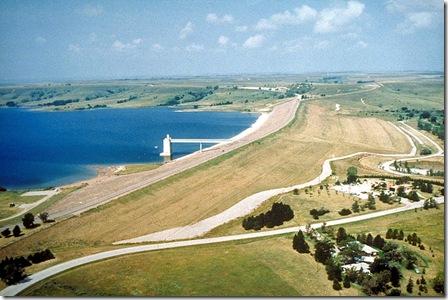 800px-USACE_Wilson_Dam_Kansas