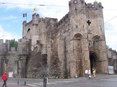 2009.08.02-045 château des Comtes