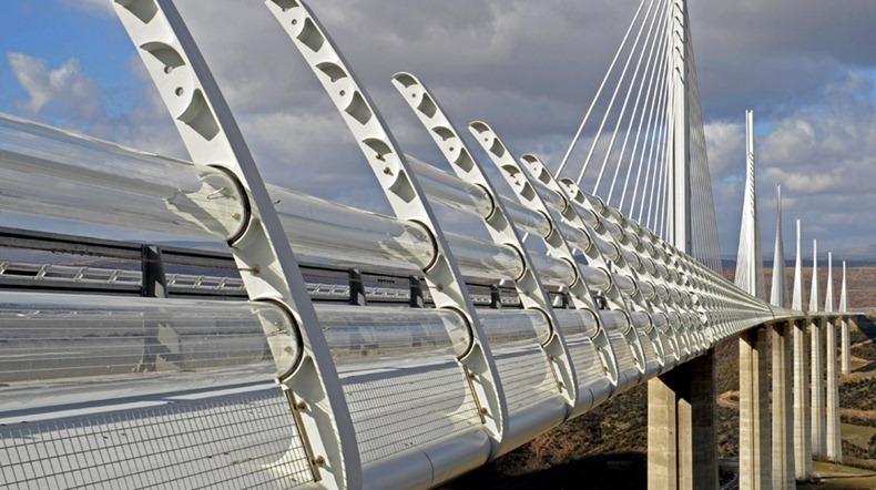 millau-viaduct-12
