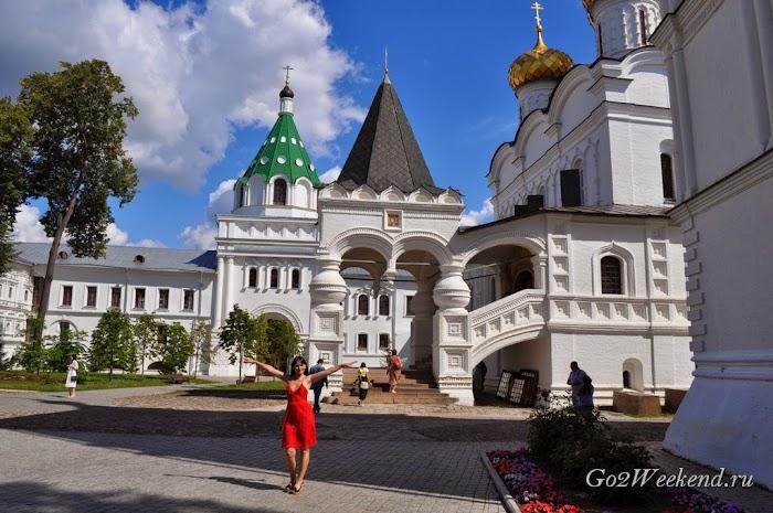 Kostroma_ipatievsky_monastery_7.jpg