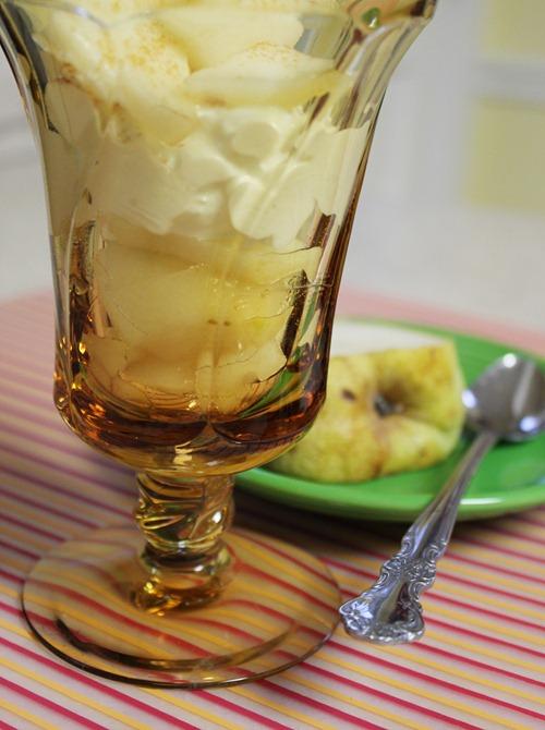 healthy sundae pears