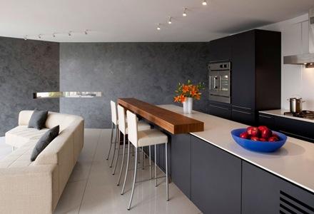 cocina-color-gris-reformada-departamento-de-lujo-watergate-robert-gurney-arquitecto