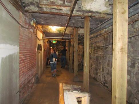 UndergroundSeattleTour-33-2014-06-22-20-49.jpg