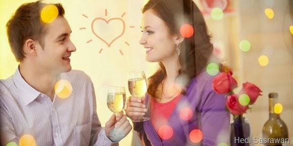 5 Cara Deketin Cewek yang Deket Sama Sahabat Ceweknya