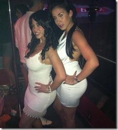 chicas con vestidos