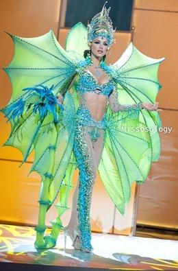 miss-uni-2011-costumes-77