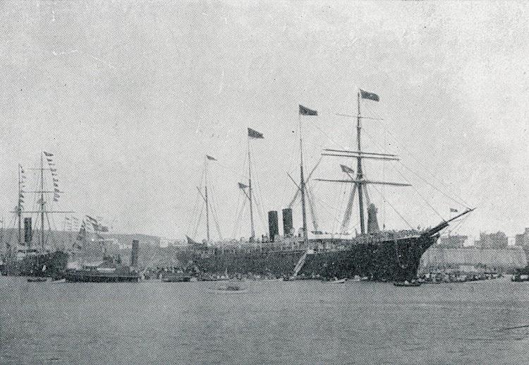 El vapor COLON embarcando tropas en Barcelona. Del libro PARA LA HISTORIA DE LA COMPAÑIA TRASATLANTICA ESPAÑOLA.JPG