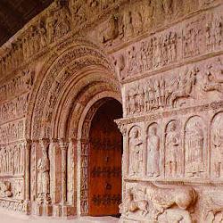 74 - Portada del Monasterio de Ripoll