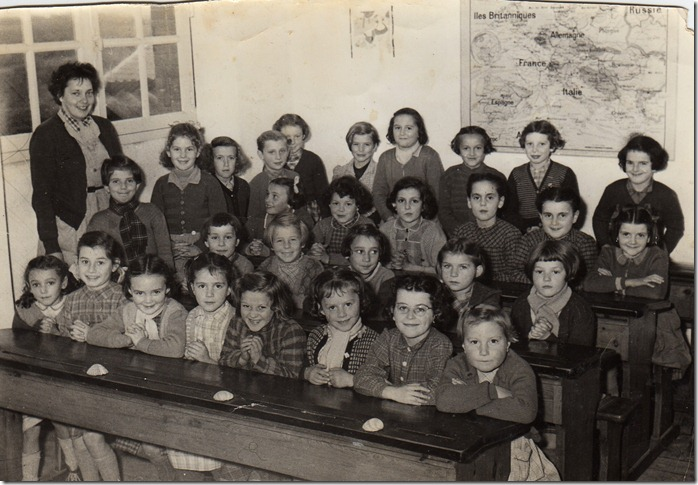 photo de classe 1956-1957 classe melle yolande