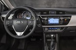 2014-Toyota-Corolla-35