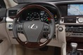 2013-Lexus-LS460-10