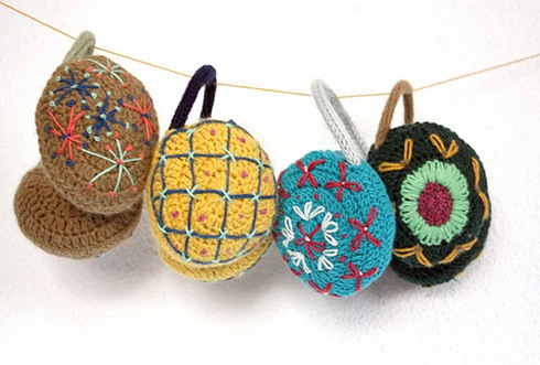 earnmuffs crochet