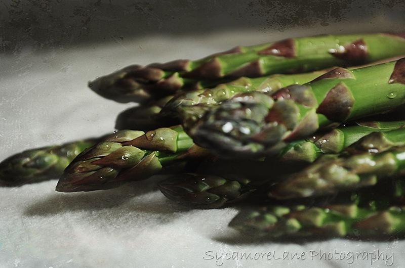 aaparagus-w-1