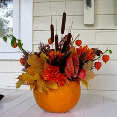 1310103 Oct 18 Thanksgiving Arrangement